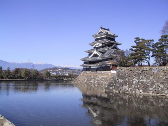 松本城とお堀